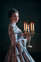 Fototapete - Woman in victorian dress