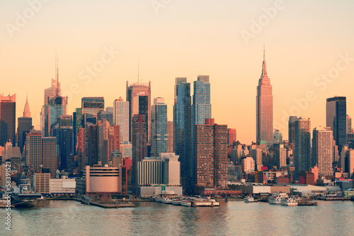 fototapete new york city sonnenuntergang new york city fototapeten. Black Bedroom Furniture Sets. Home Design Ideas
