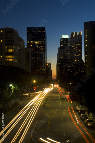 Fototapete - Los Angeles city skyline at night.