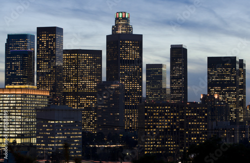 Fototapete - Los Angeles Skyline in Early Evening.